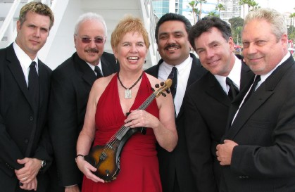 Photo of the Susie Hansen Latin Band